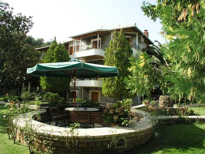 Haroula Apartments Parga Greece The garden